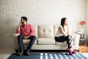 riitelevä pariskunta